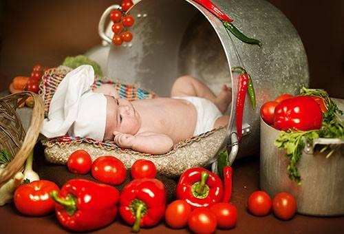 Можно ли помидоры кормящей маме?