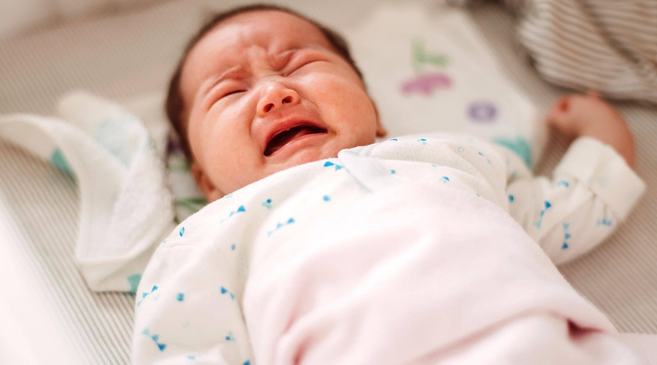 Когда ребенок начнет гулить и агукать
