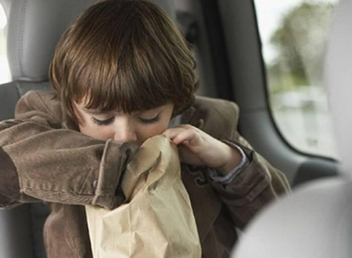 Почему может болеть голова у ребенка?