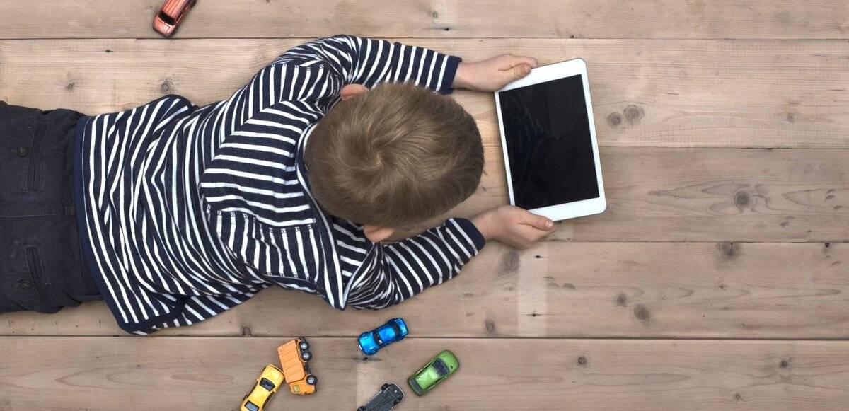 Как отучить ребенка от компьютера и игр в планшете?