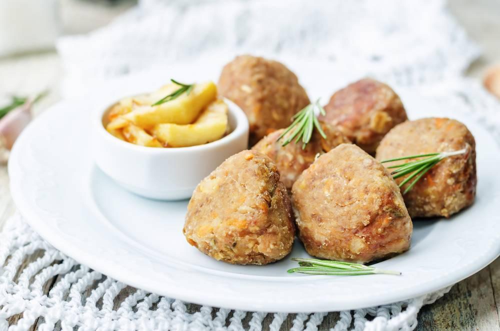 Фрикадельки, котлеты, тефтели: рецепты блюд из мяса для детей 2-3 лет