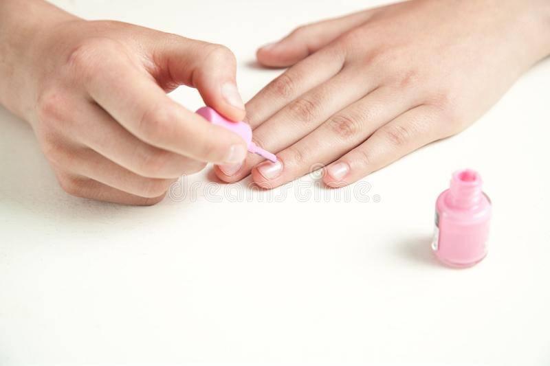 Как ухаживать за ногтями после маникюра - уход за кутикулой и маникюром с гель-лаком