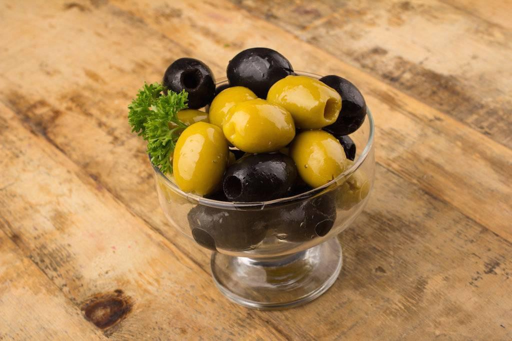Оливковое масло при грудном вскармливании: полезно ли?