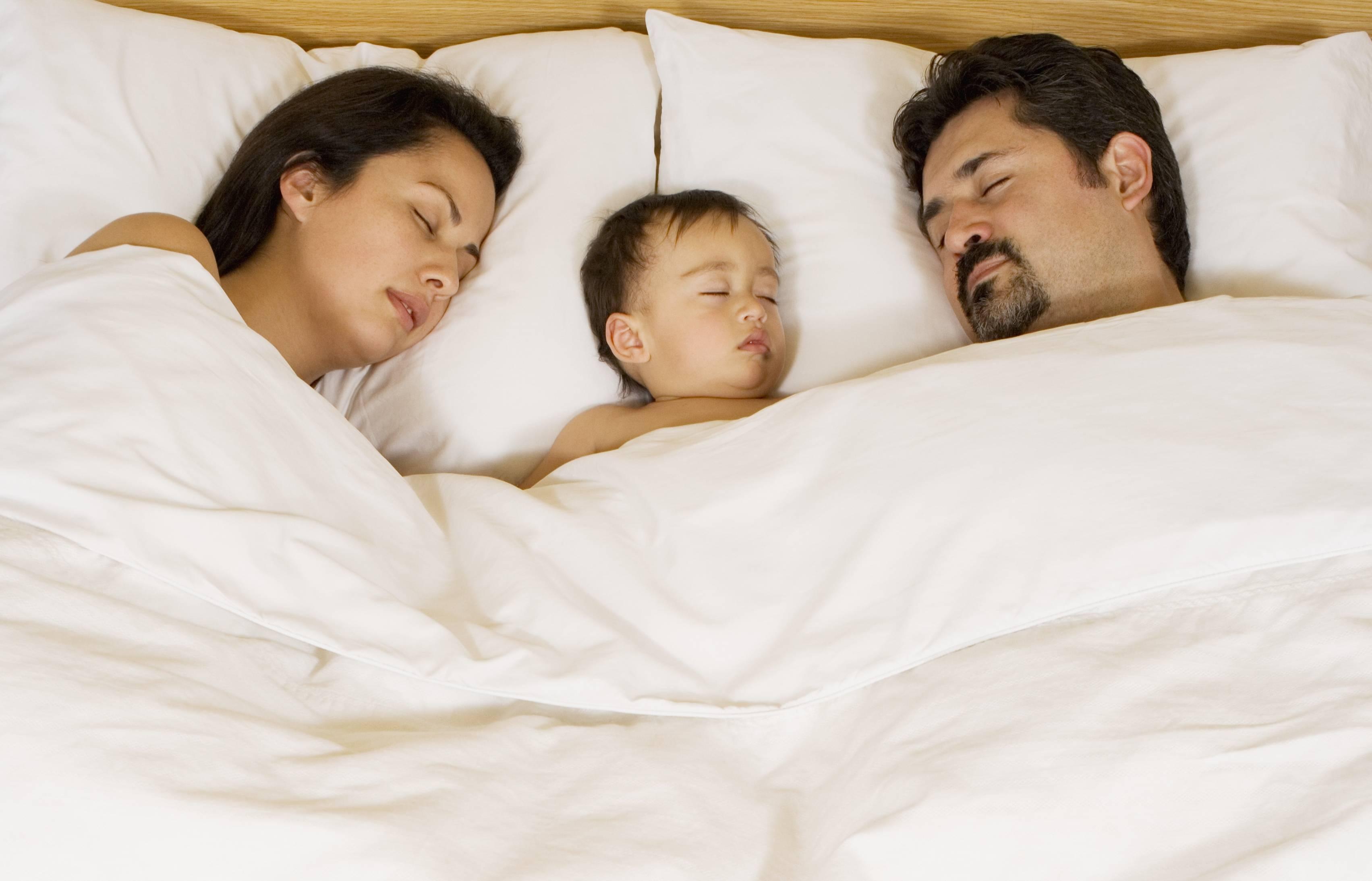 Почему люди предпочитают спать вместе или раздельно