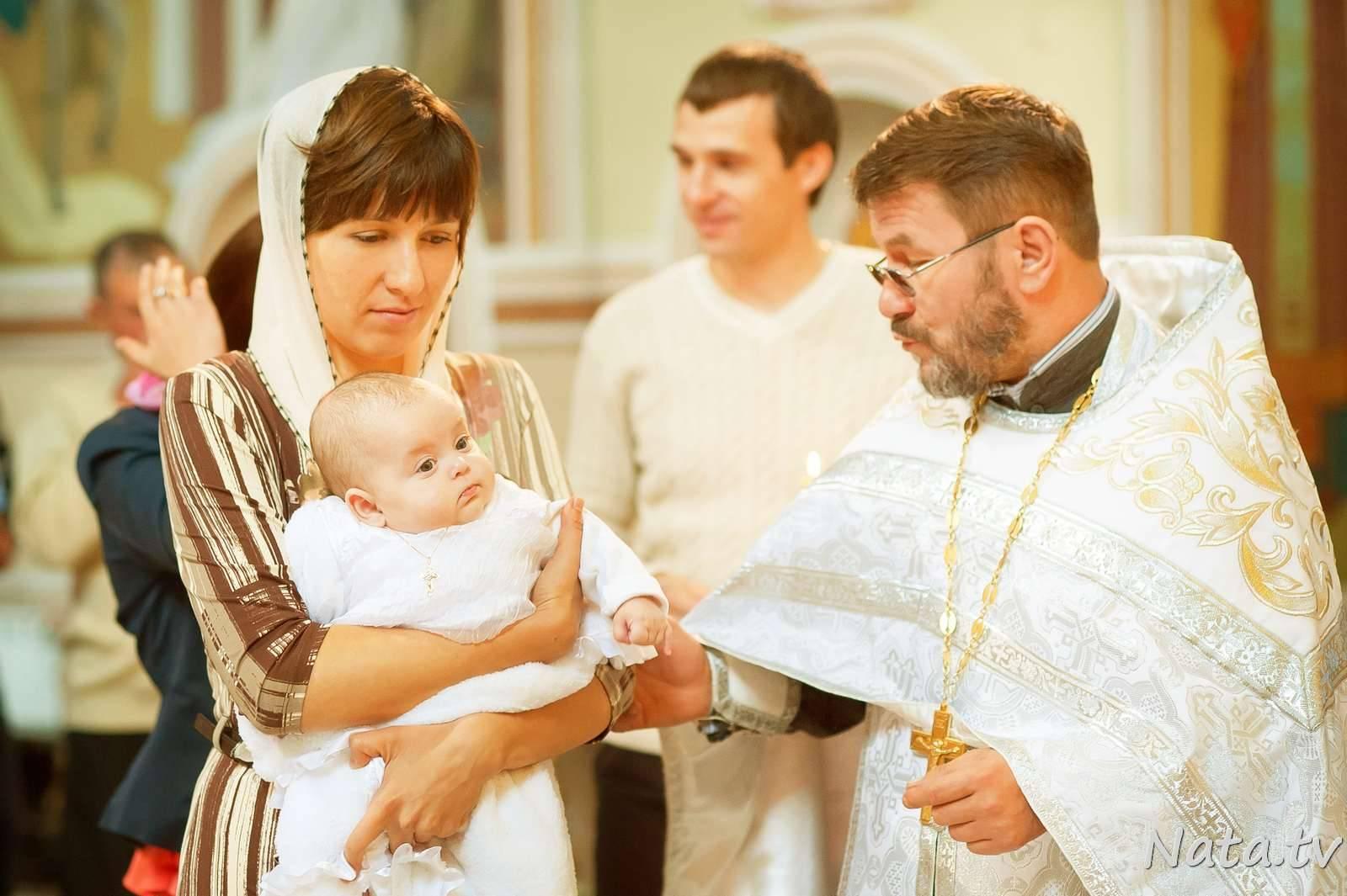 Крестные родители - зачем нужны и какие у них обязанности
