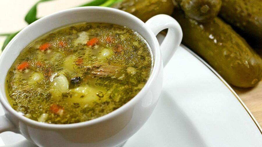 Можно ли рассольник кормящей маме: как готовить суп при лактации