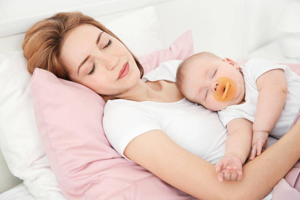 Скорей в свою кроватку! как отучить ребенка от совместного сна?