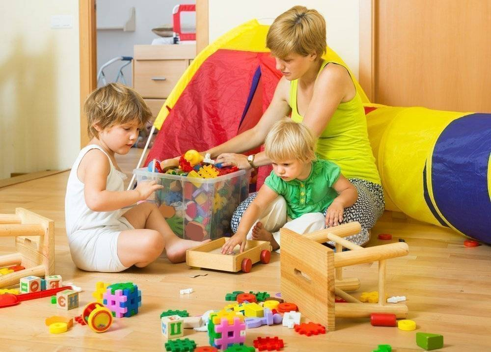 Что делать, если ребёнок не хочет убирать игрушки