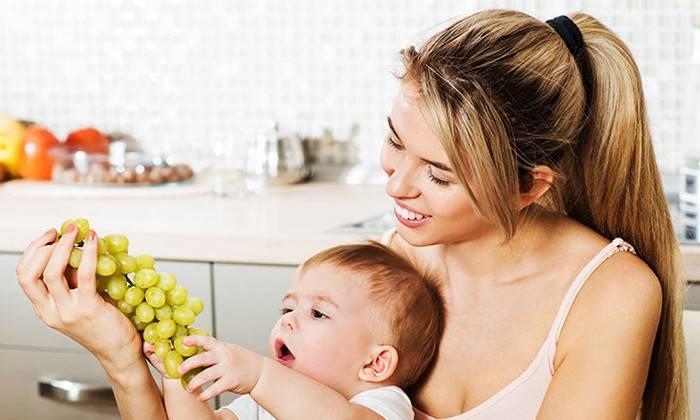Можно ли семечки кормящей маме: польза и вред