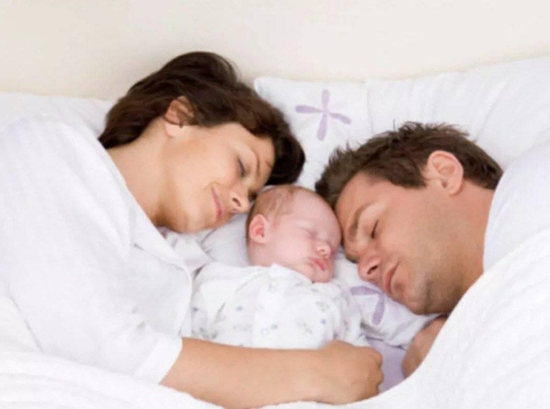 Совместный сон с ребенком: за и против, советы доктора комаровского