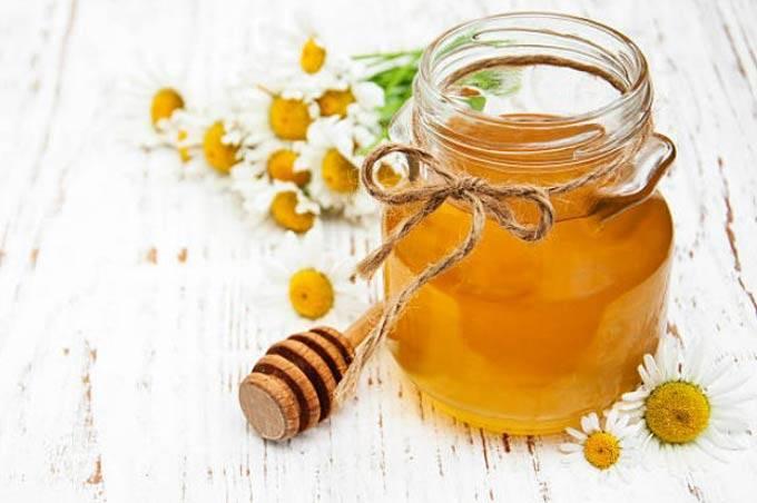 Можно ли давать мед грудным детям