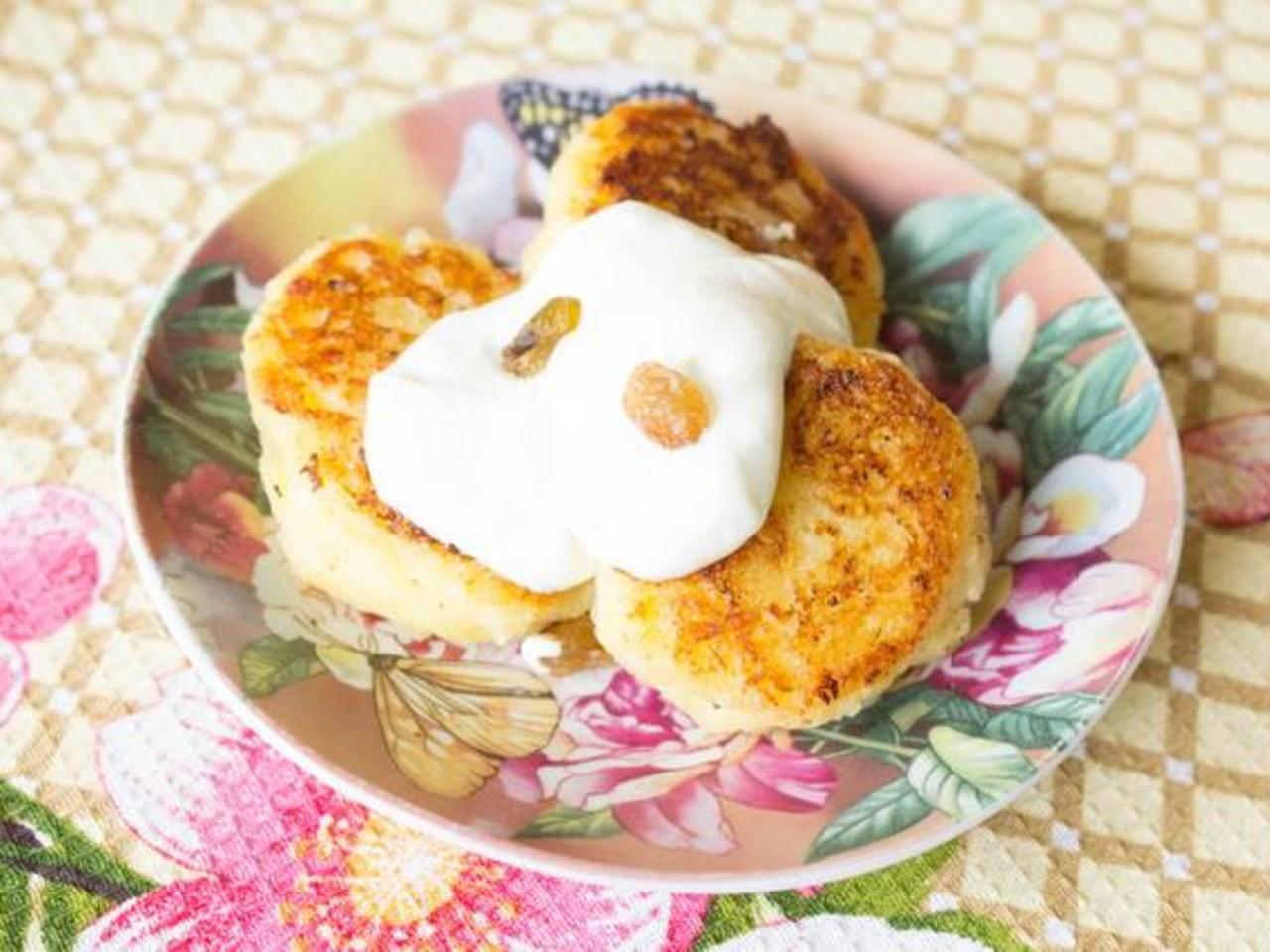 Сырники из творога для детей: рецепт с фото пошагово