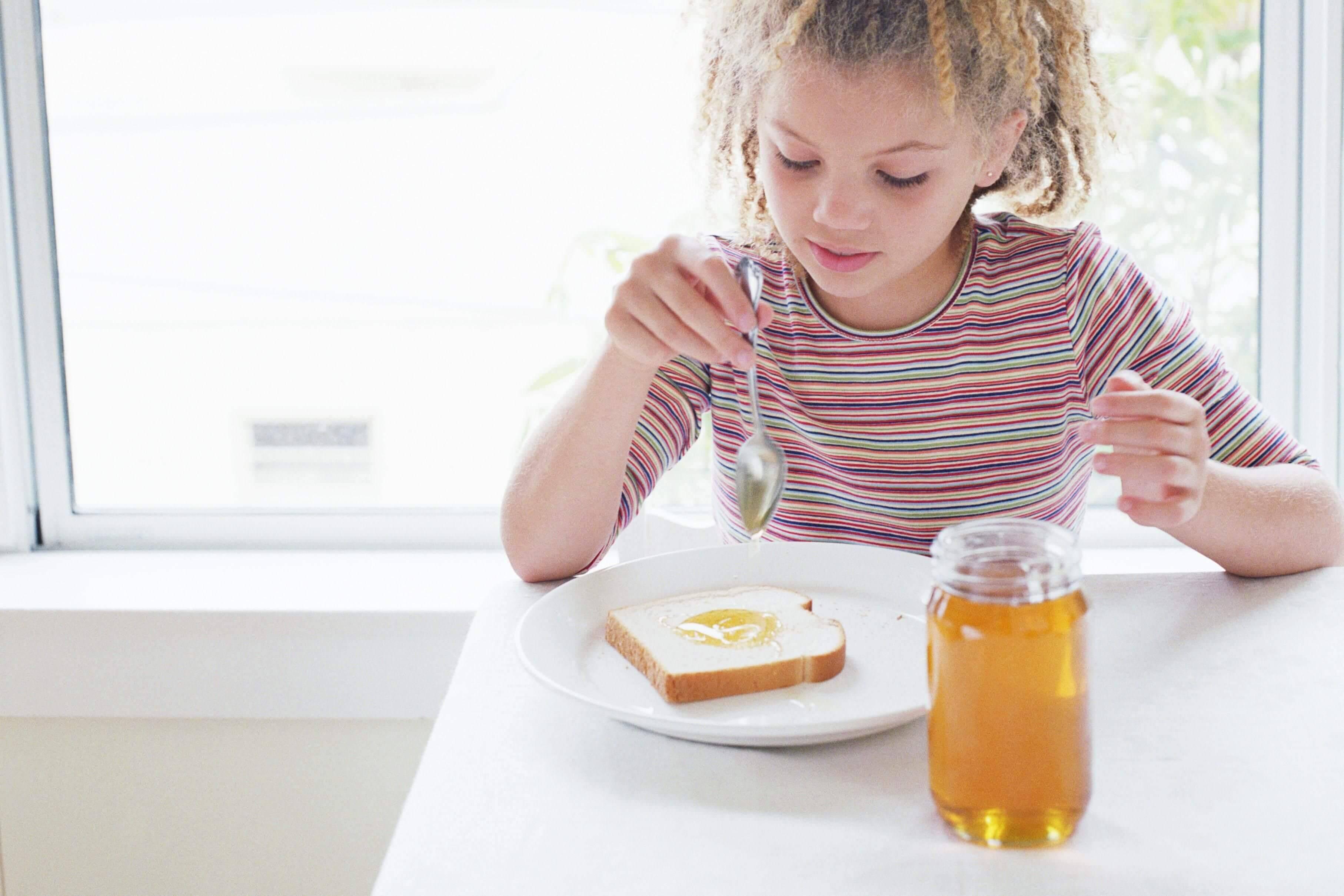 Меню кормящей мамы: как питаться в период грудного вскармливания?