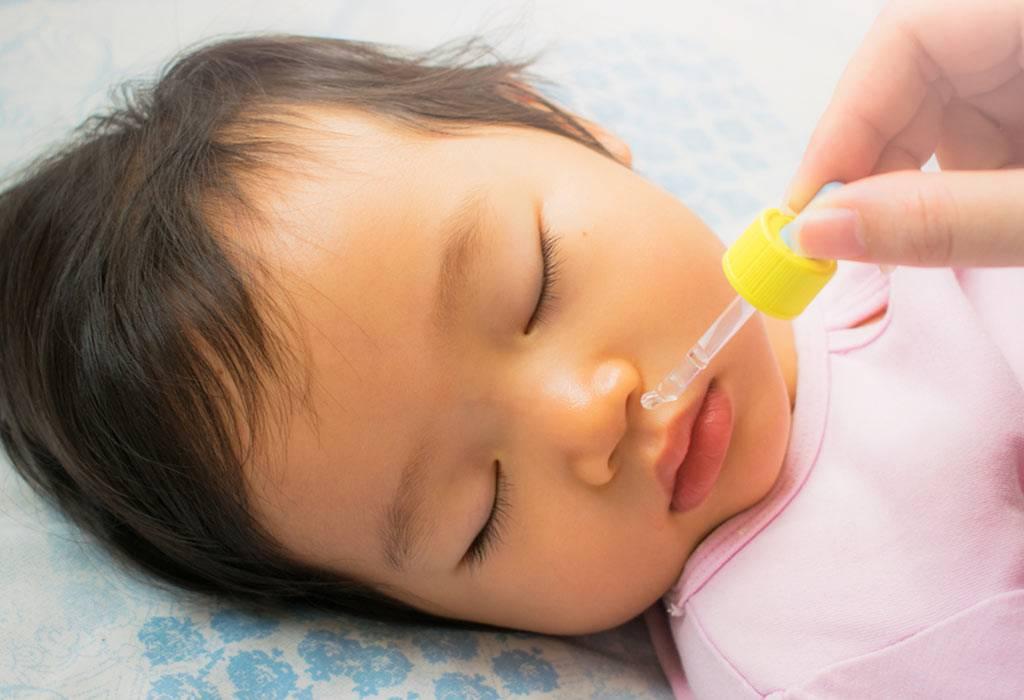 Причины появления зеленых выделений из носа у ребенка и методы лечения