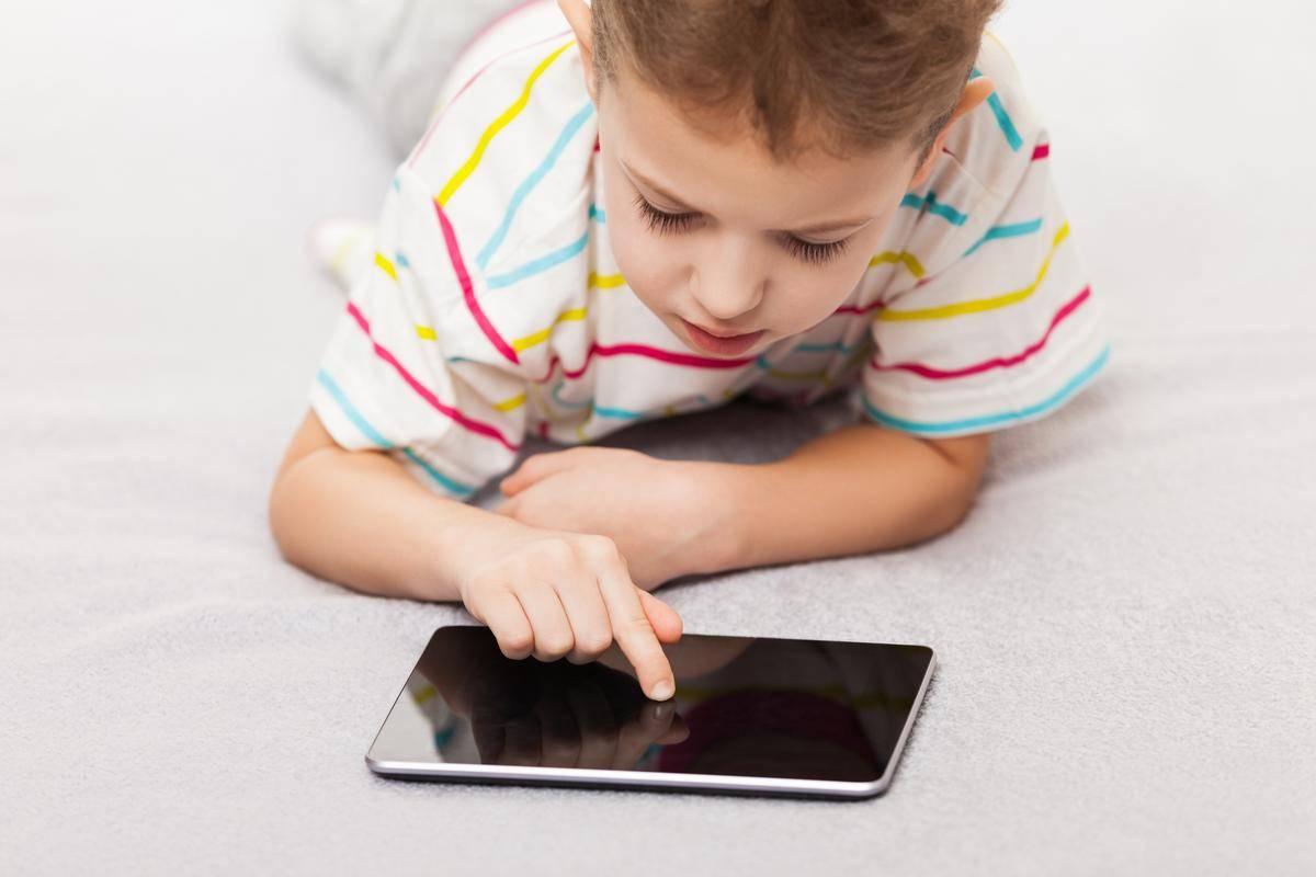 Хочу ограничить планшет для ребенка. чем его заменить?
