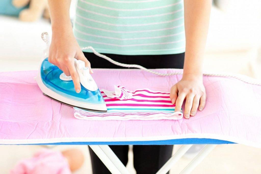 Как гладить детские вещи для новорожденных и нужно ли вообще это делать