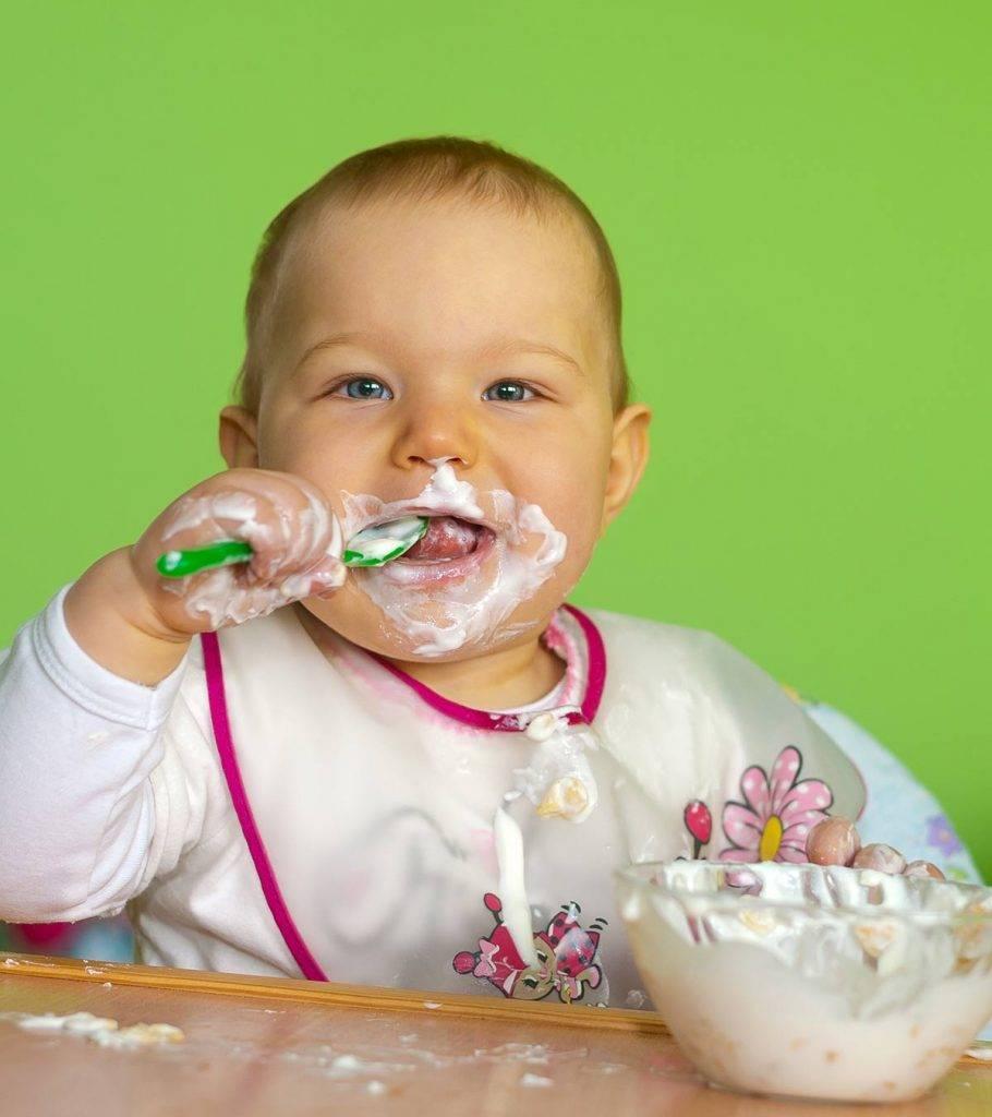 Ребенок не пьет молоко, кефир, не ест творог? простые и вкусные рецепты, чем накормить ребенка