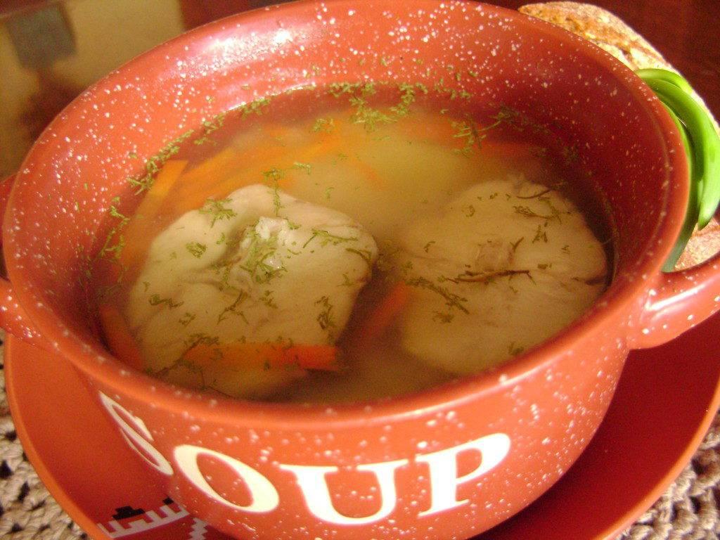Суп для ребенка 1 год из рыбы. треска для детей. рецепт простого рыбного супа для детей с манкой