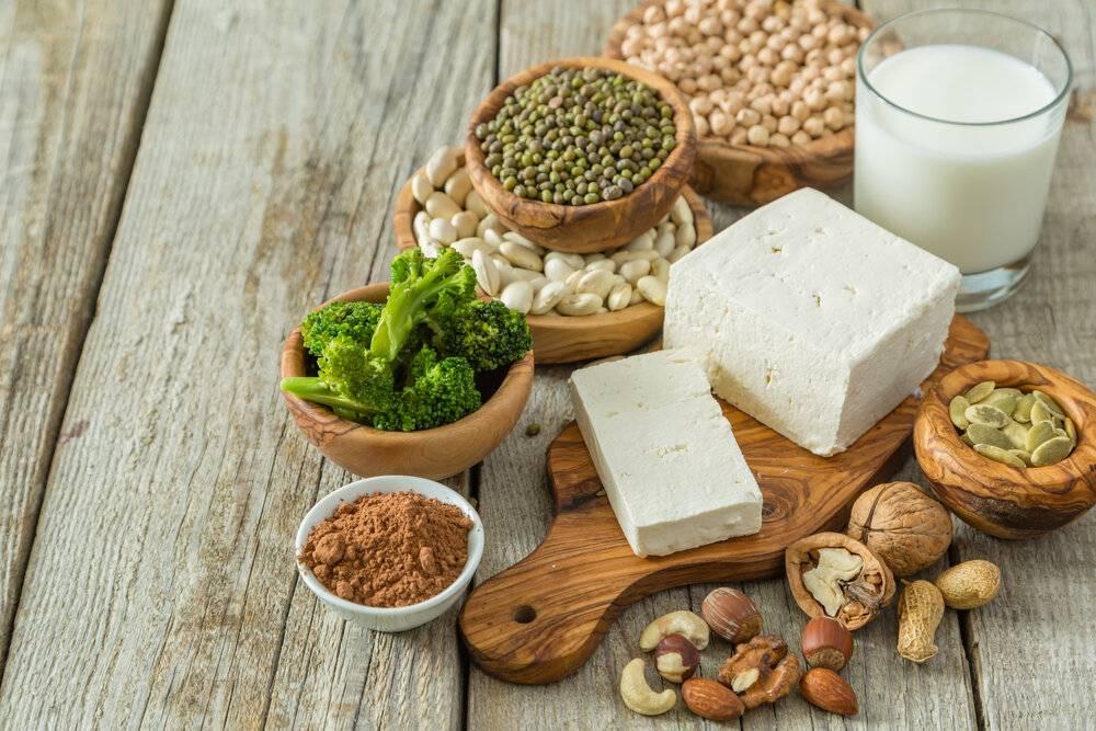 7 продуктов, в которых кальция больше чем в молоке