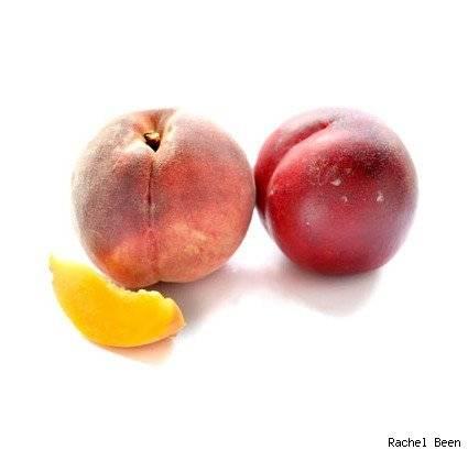 Можно ли есть персики при грудном вскармливании