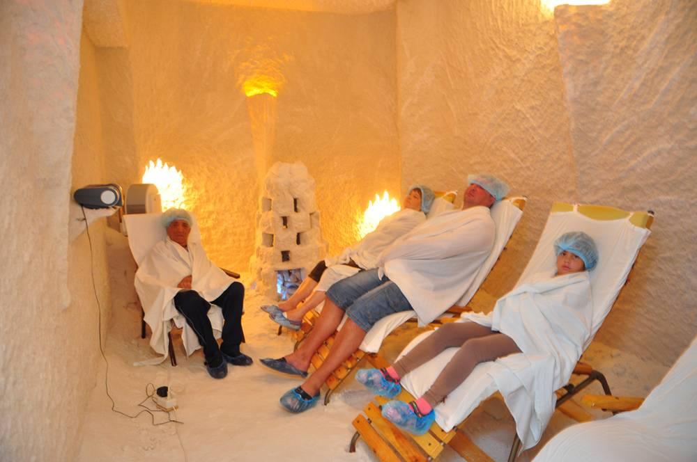 Солевые комнаты для детей: показания и противопоказания солевых процедур