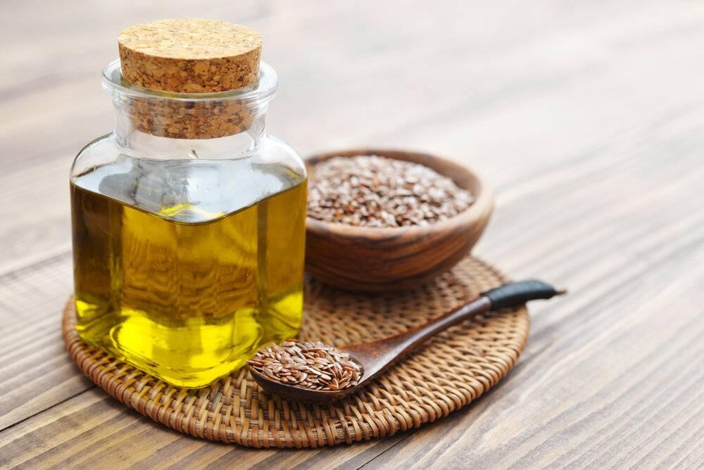 Льняное масло и диета кормящей мамы