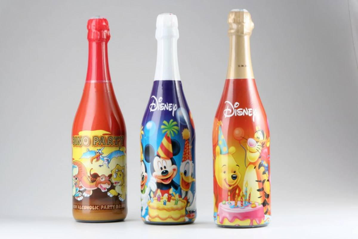 Детское шампанское: фото и цены, также есть ли мемы, кто делает абрау дюрсо, как открыть с пластиковой пробкой, продают ли в пятерочке, сколько стоит с блестками?