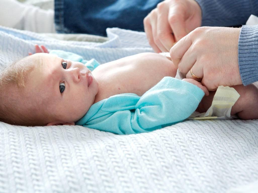 Чем обрабатывать пупок новорожденного в домашних условиях