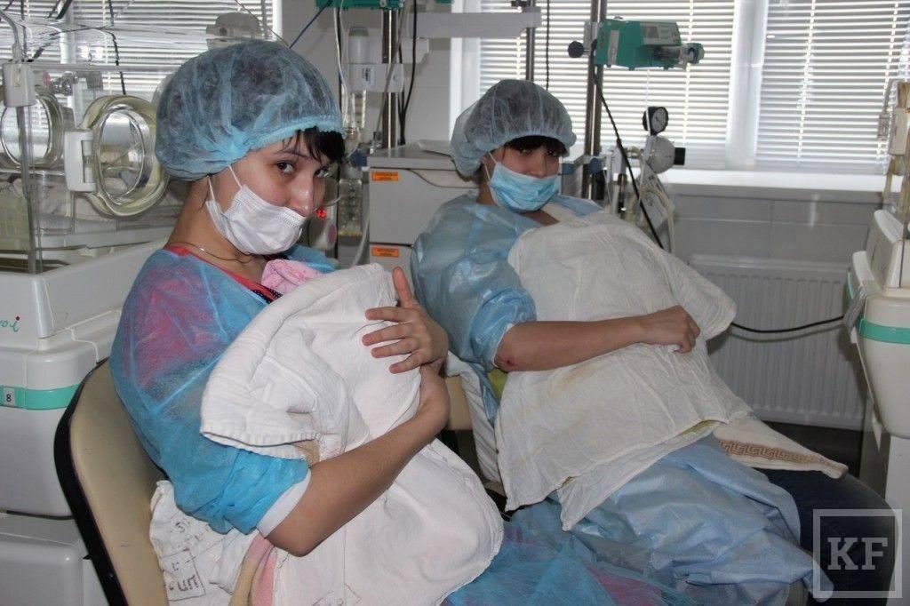 Метод кенгуру для недоношенных новорожденных детей