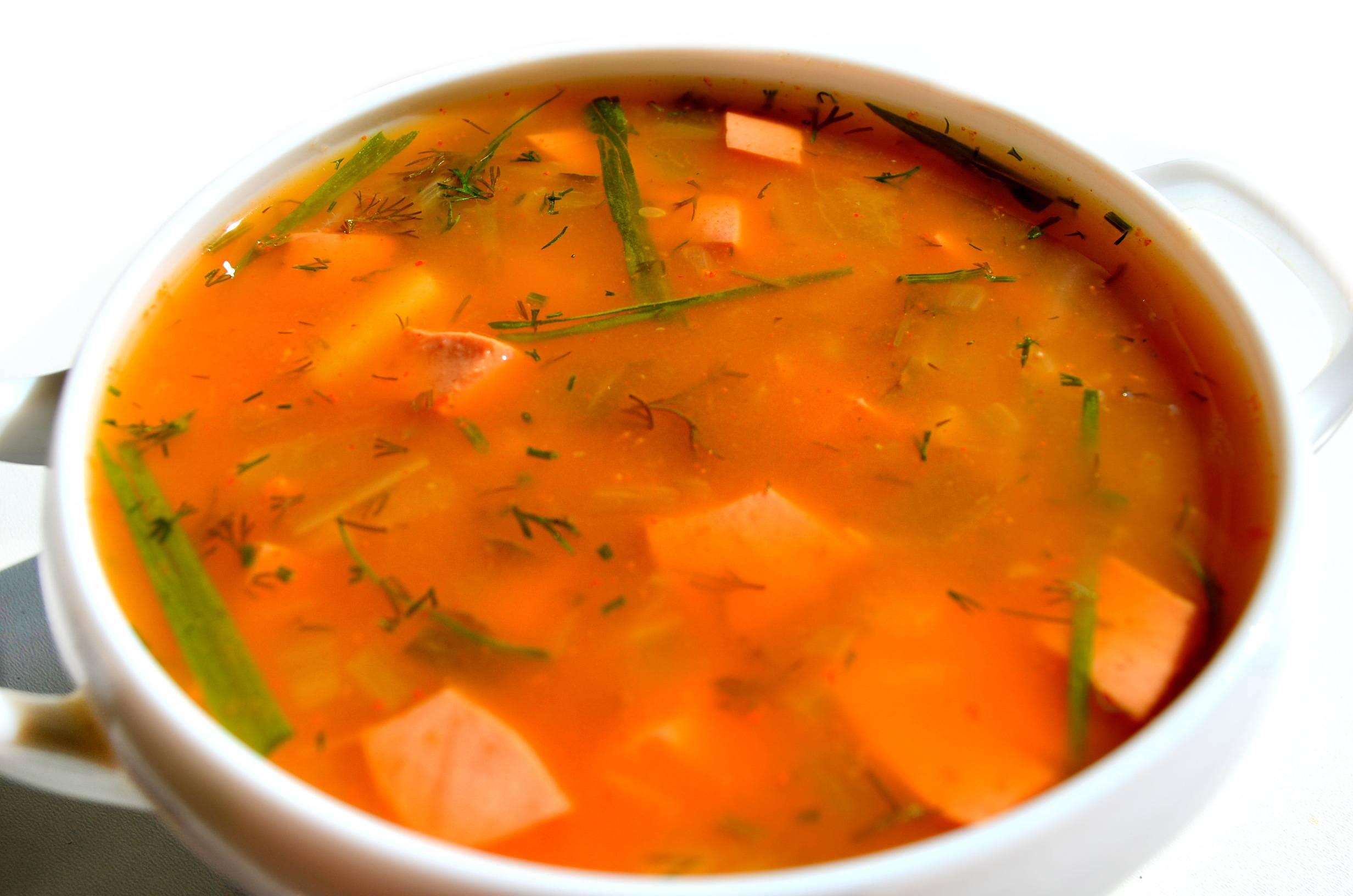 Какие супы для кормящих мам можно в первые месяцы гв: гороховый, с фрикадельками, куриный, щавелевый, рыбный (рецепты)
