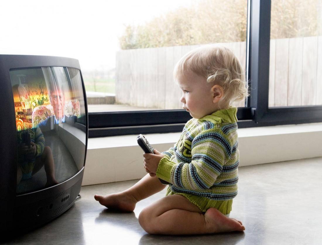 Ребенок и телевизор или вред телевизора для детей