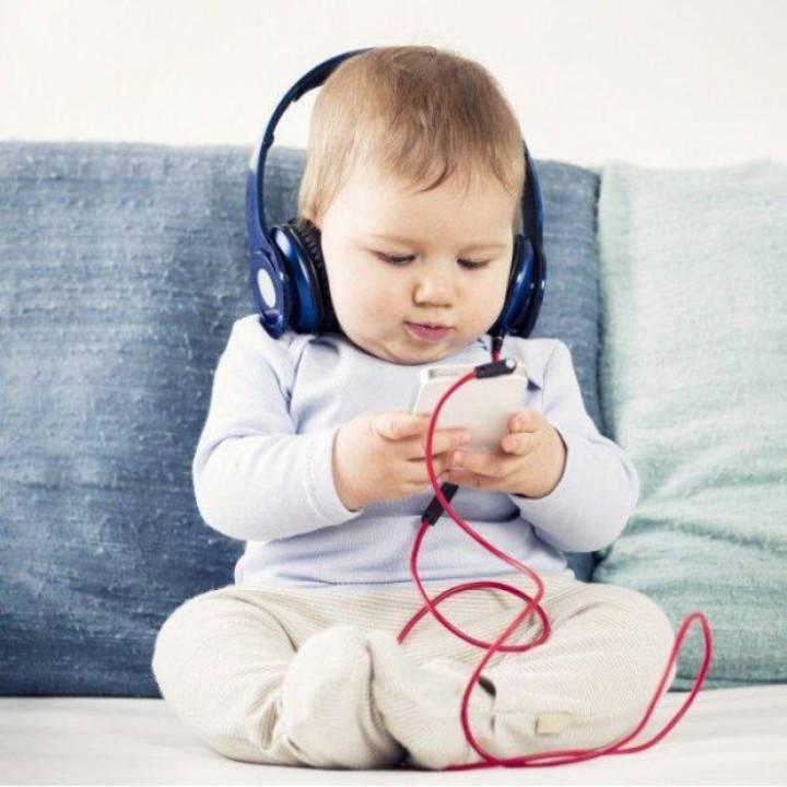 Отучить ребенка от гаджета реально, если еще не поздно