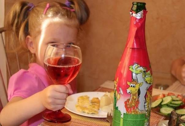 Детское шампанское: радость или гадость?