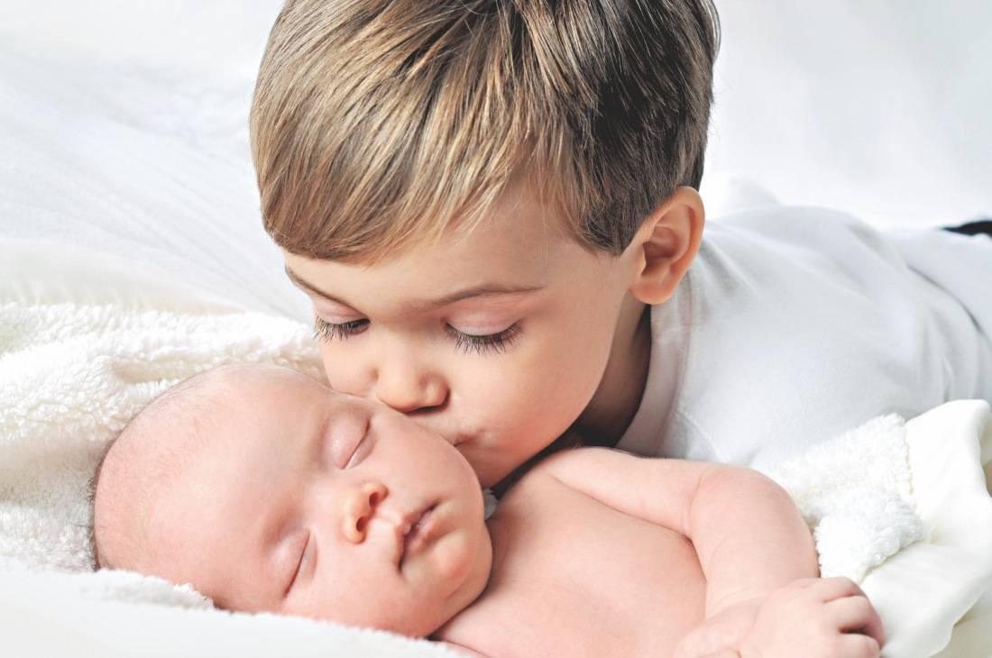 Как подготовить двухлетнего ребенка к рождению малыша