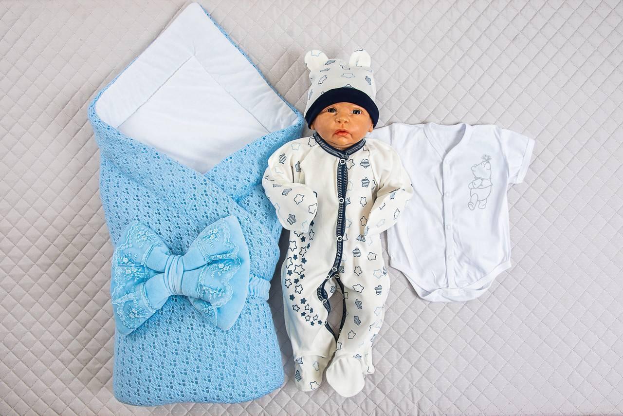 Первый наряд, или как одеть новорожденного ребенка на выписку осенью