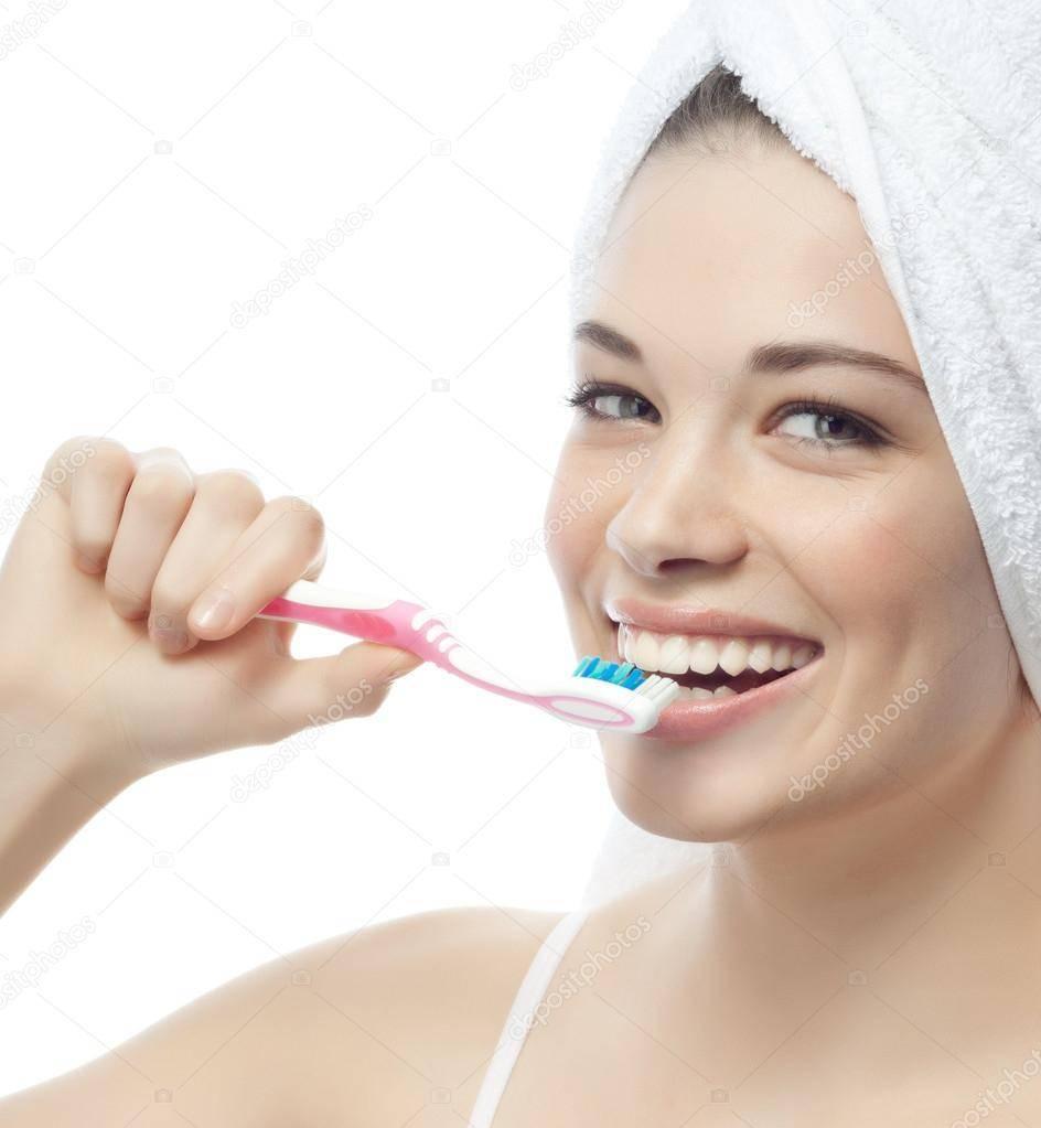 Подготовка к отбеливанию зубов