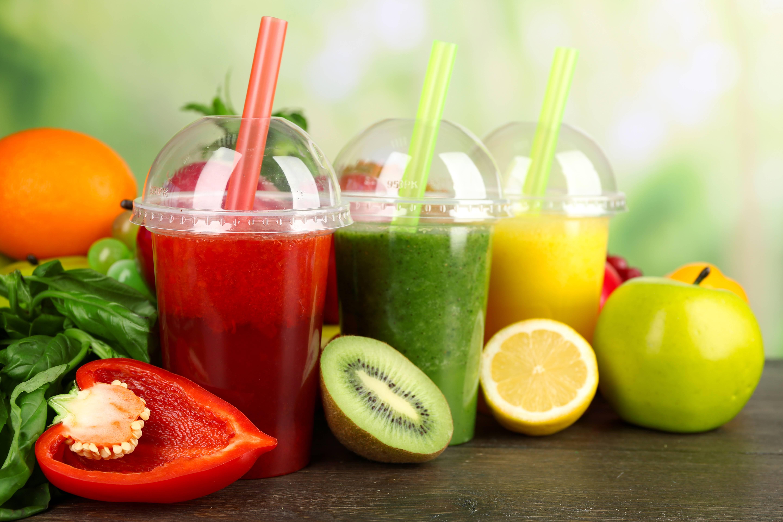 Целые свежие фрукты полезнее соков и смузи | профмедлаб