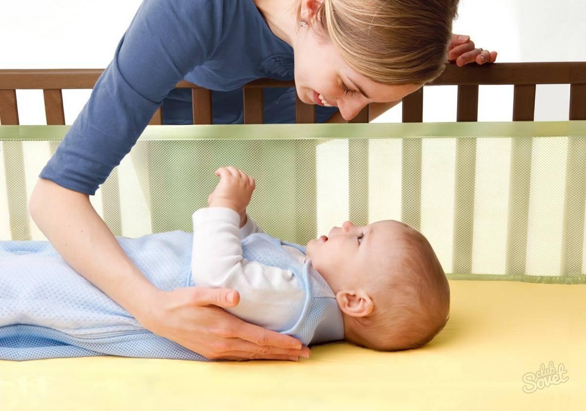 Ребенок спит только на руках: как отучить, методы решения проблемы