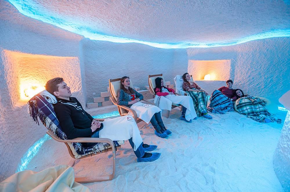 Обзор аспектов посещения соляной комнаты