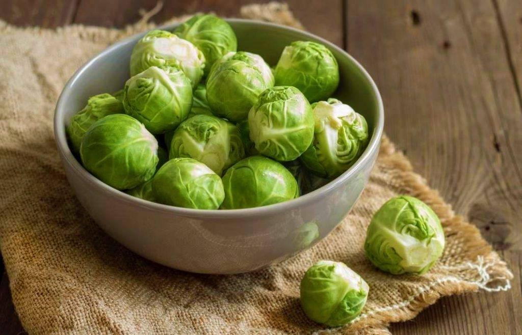Польза брюссельской капусты при лактации: рецепты для кормящих мам