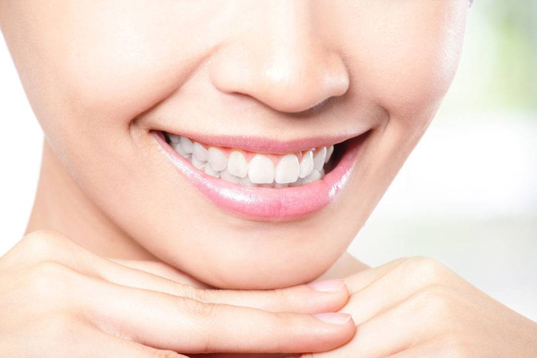 Повышенная чувствительность зубов: причины, виды и как снизить чувствительность зубов