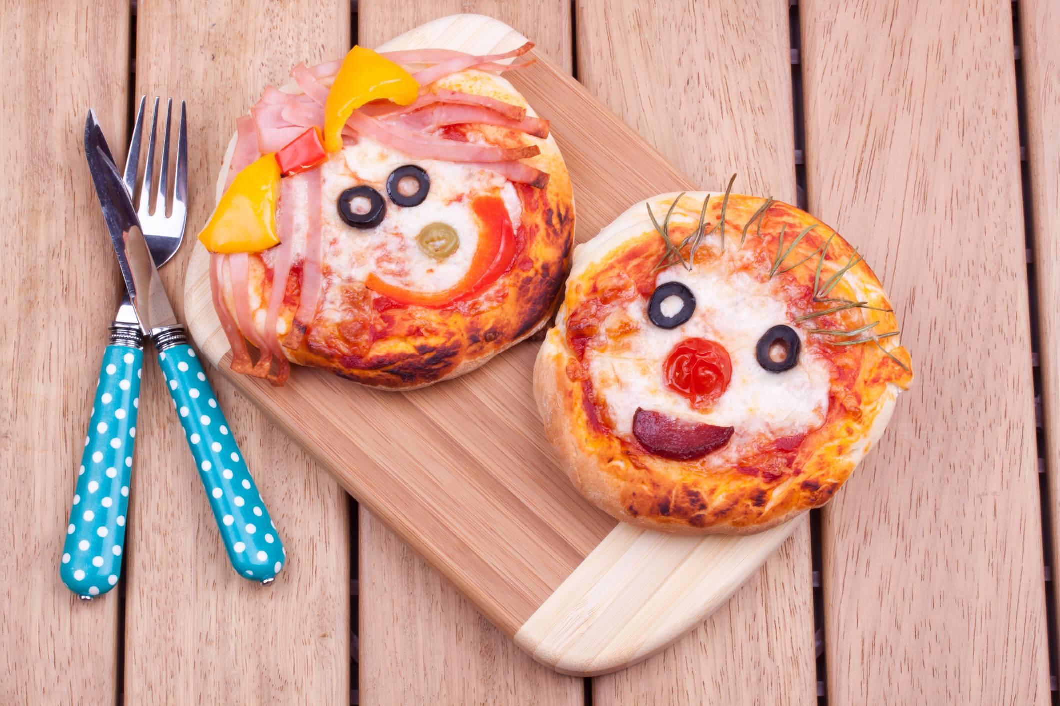 Лучшие рецепты сладкой пиццы для детей