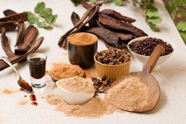Кэроб или рожковое дерево: 9 полезных свойств для здоровья, дозировка и побочные эффекты
