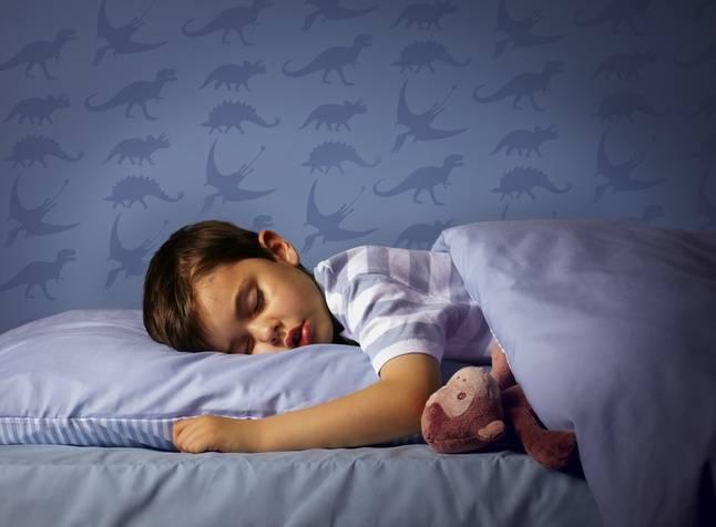Ребенок писаем по ночам в постель, что делать???